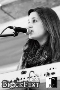 Emi McDade is a soul-jazz acoustic singer from Glouchester, England. Photo/EMI MCDADE